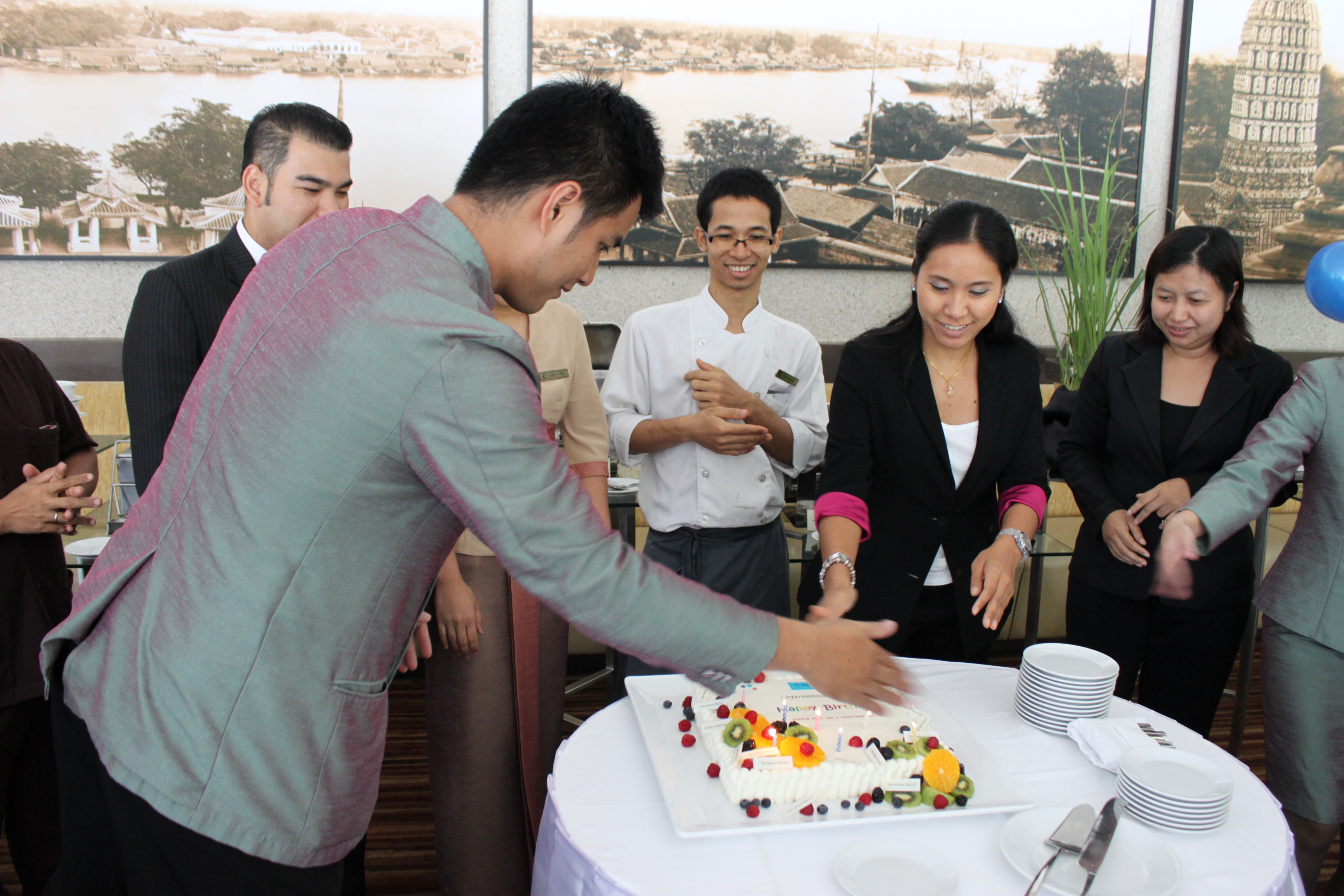 Chatrium Hotel Riverside Bangkok celebrates March birthdays 3