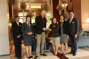 Chatrium Hotel Riverside Bangkok and Chatrium Hotel Royal Lake Yangon Win 2014 Agoda Circle Award