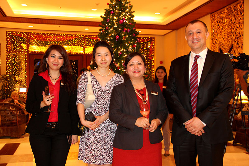 Chatrium Hotel Royal Lake Yangon Celebrates Christmas Light-up & Donation and New Lobby Lounge Launching Ceremony