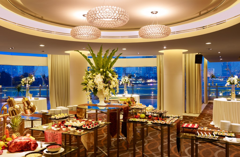 Ballroom Cocktail at Chatrium Hotel Riverside Bangkok