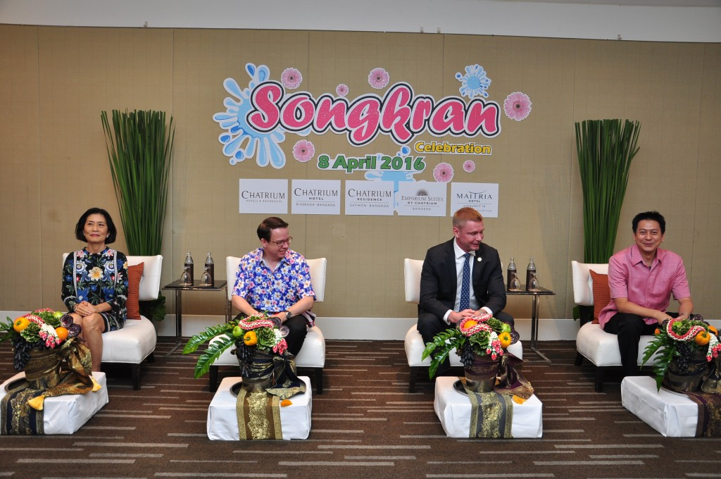 Chatrium Celebrates Songkran Celebration (2)