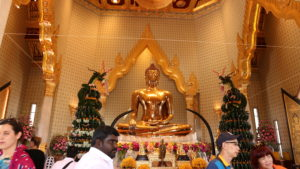 """""""The Temple of the Golden Buddha"""" – Wat Traimit"""