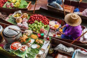 Day Trip Ideas for Guests of Chatrium Hotels & Residences: Four Floating Markets in Bangkok
